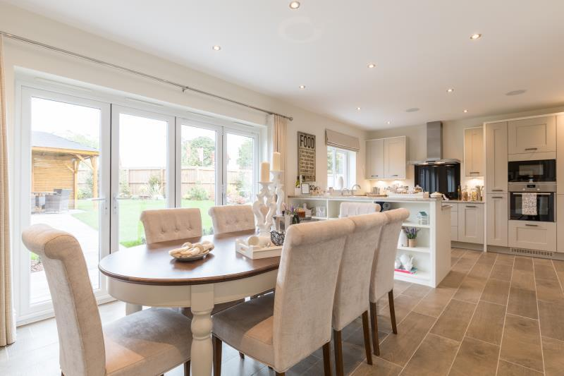 4 Bedroom Detached House For Sale In Clitheroe Road