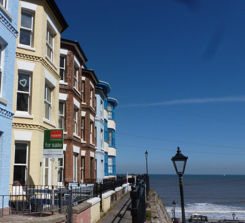 Cromer Church Home: 3 Bedroom Terraced House For Sale In The Gangway, Cromer, NR27