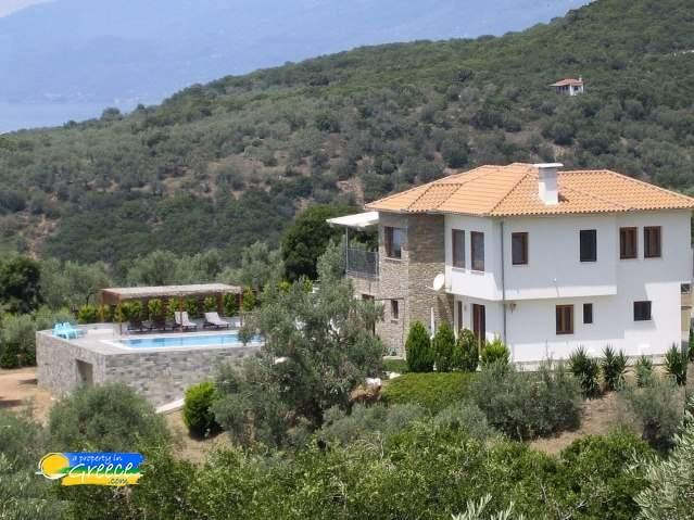 4 bedroom house for sale in Greece