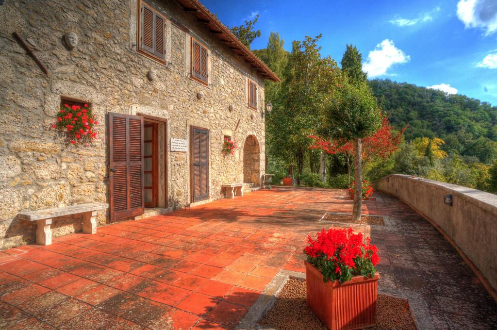 Arpino Stone House
