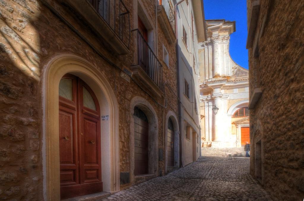 3 bed Apartment for sale in San Donato Val di Comino...