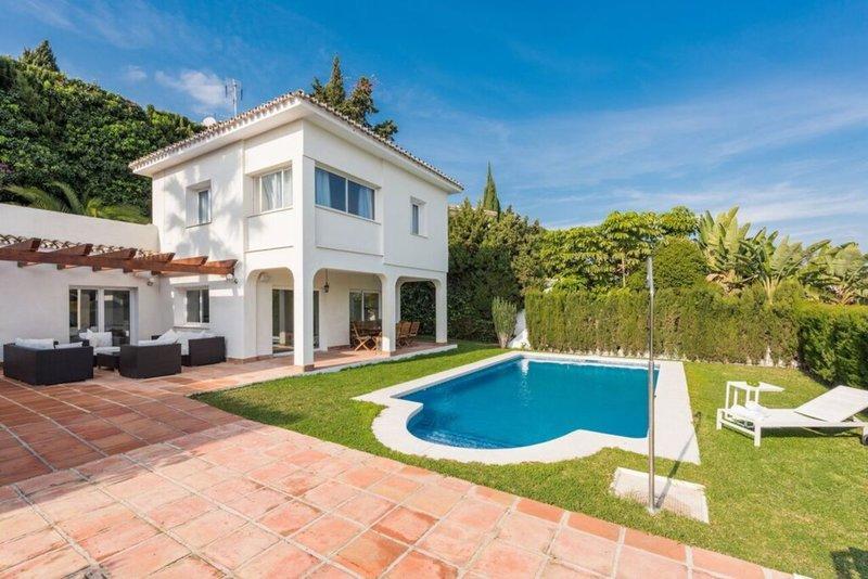 3 bedroom Villa in Puerto Banus, Málaga...