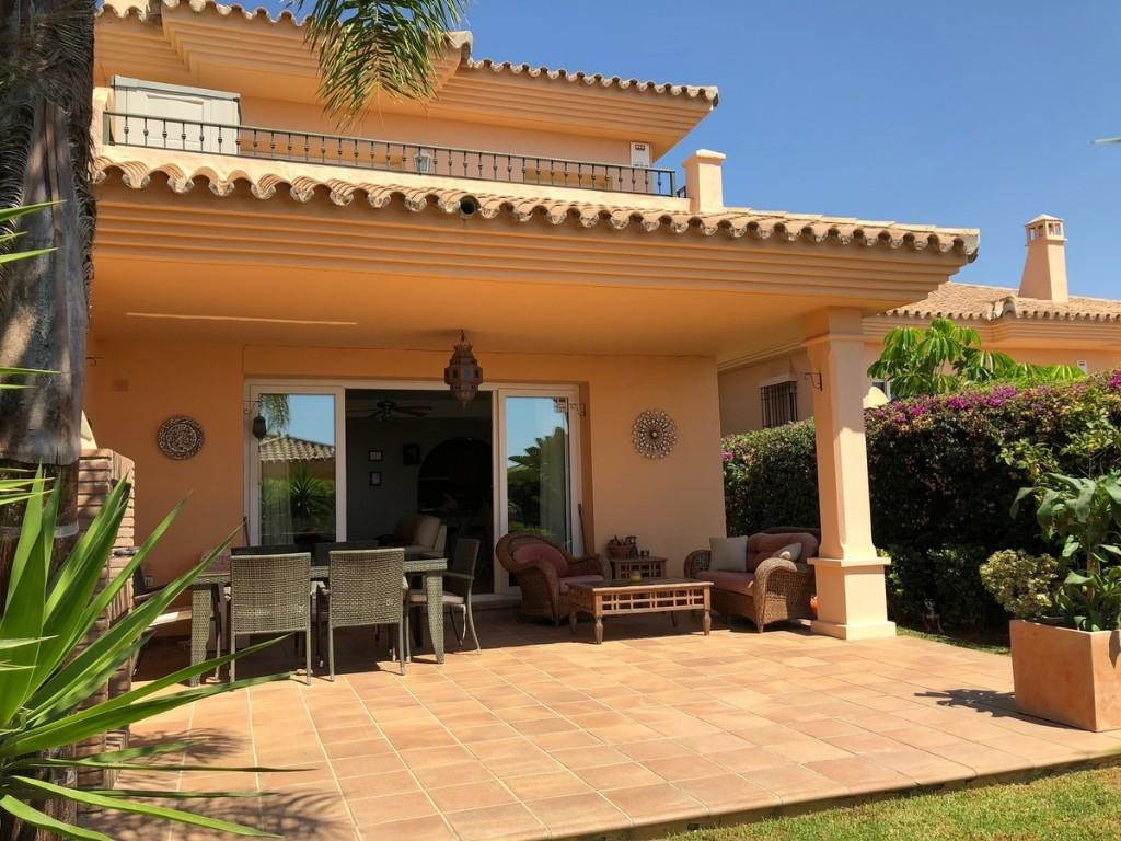 4 bedroom semi detached property in Riviera, Málaga...