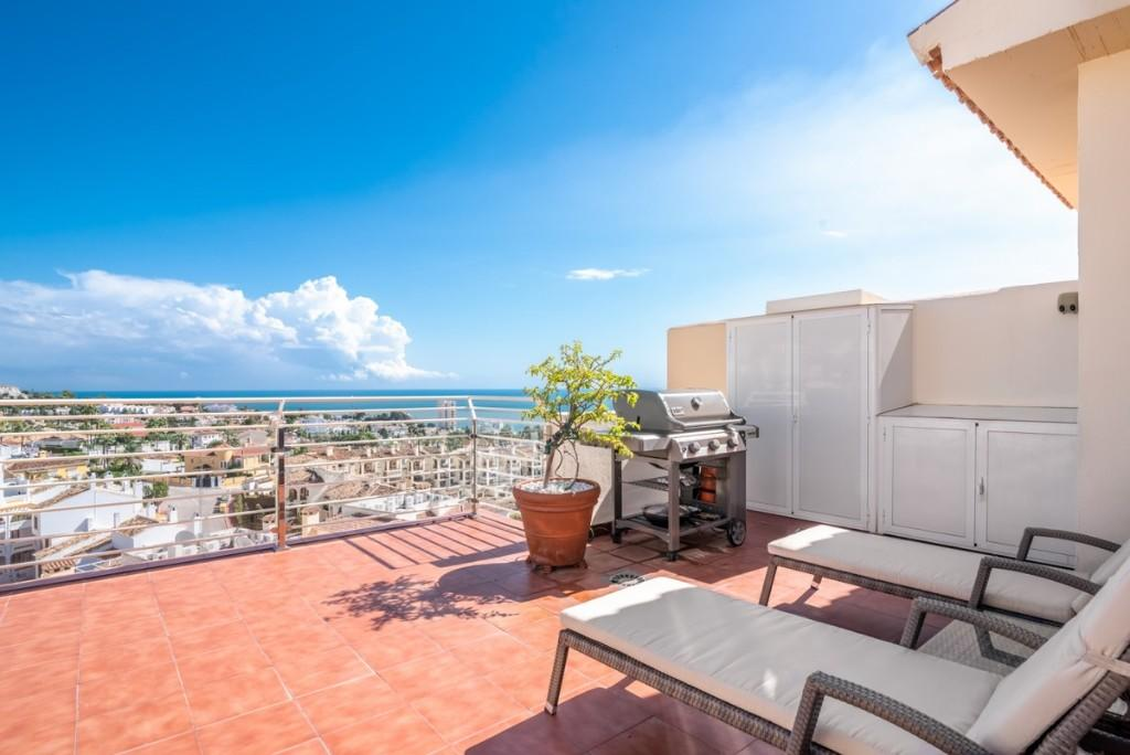 3 bed Penthouse in Riviera, Málaga...