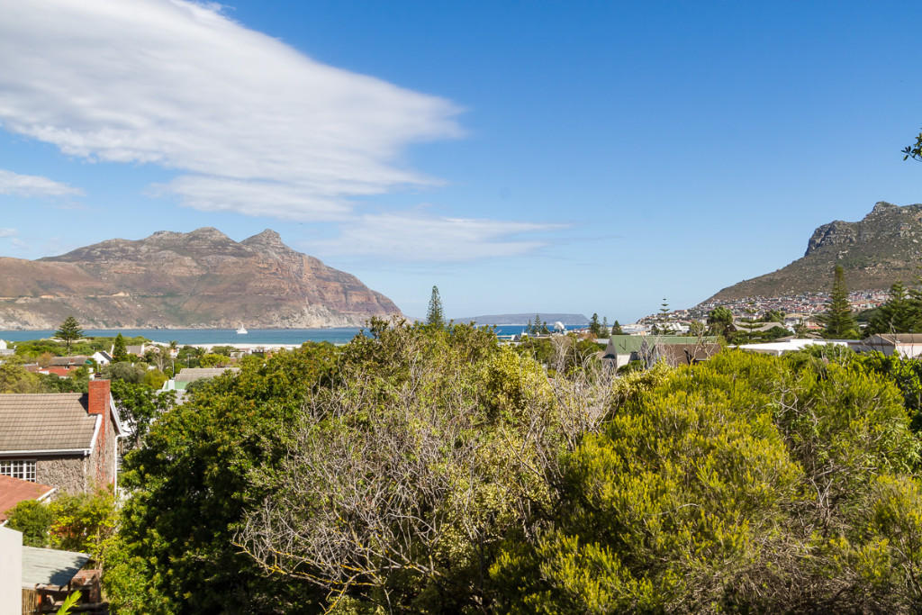 new Apartment in Hout Bay, Western Cape