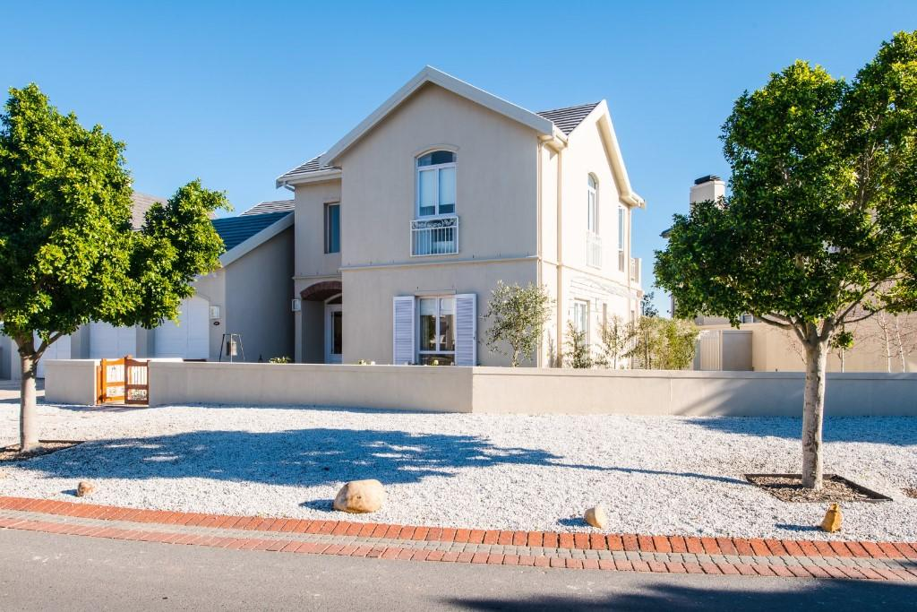 house for sale in Paarl, Western Cape
