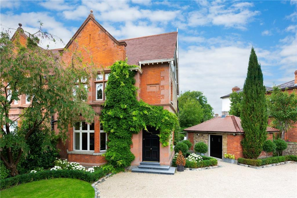 semi detached property in 26 Claremont Road...