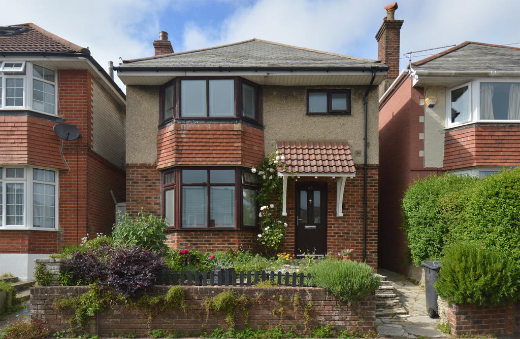3 bedroom detached house for sale in rutland road, bournemouth, bh9