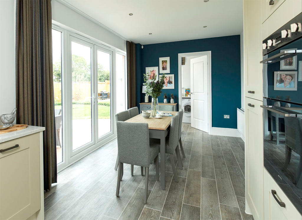 Redrow,Dining room
