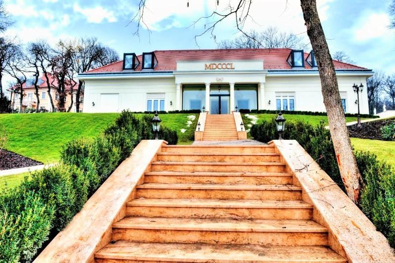7 bed home in District Xii, Budapest