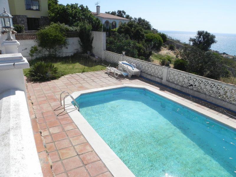property for sale in Private 3 bedroom villa in Torreguadiaro @ €250,000