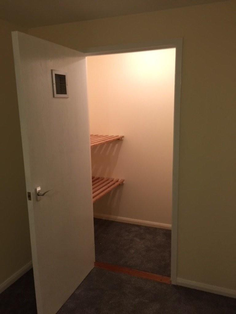 1 bedroom apartment for rent in Thorn Tree Street, Halifax ...