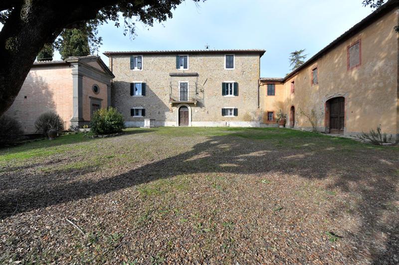 15 bed Villa in Siena, Siena, Tuscany