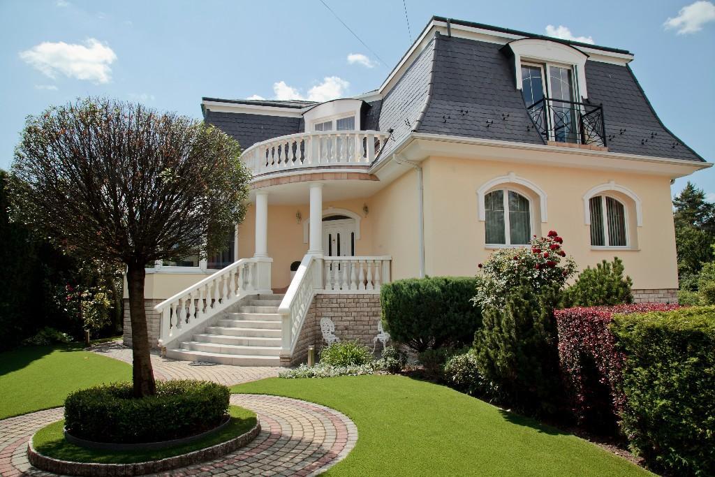 8 bedroom house for sale in Budaörs, Pest