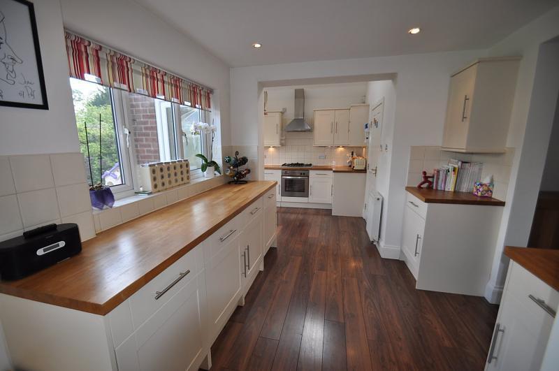 White Wooden Worktop Kitchen Design Ideas, Photos
