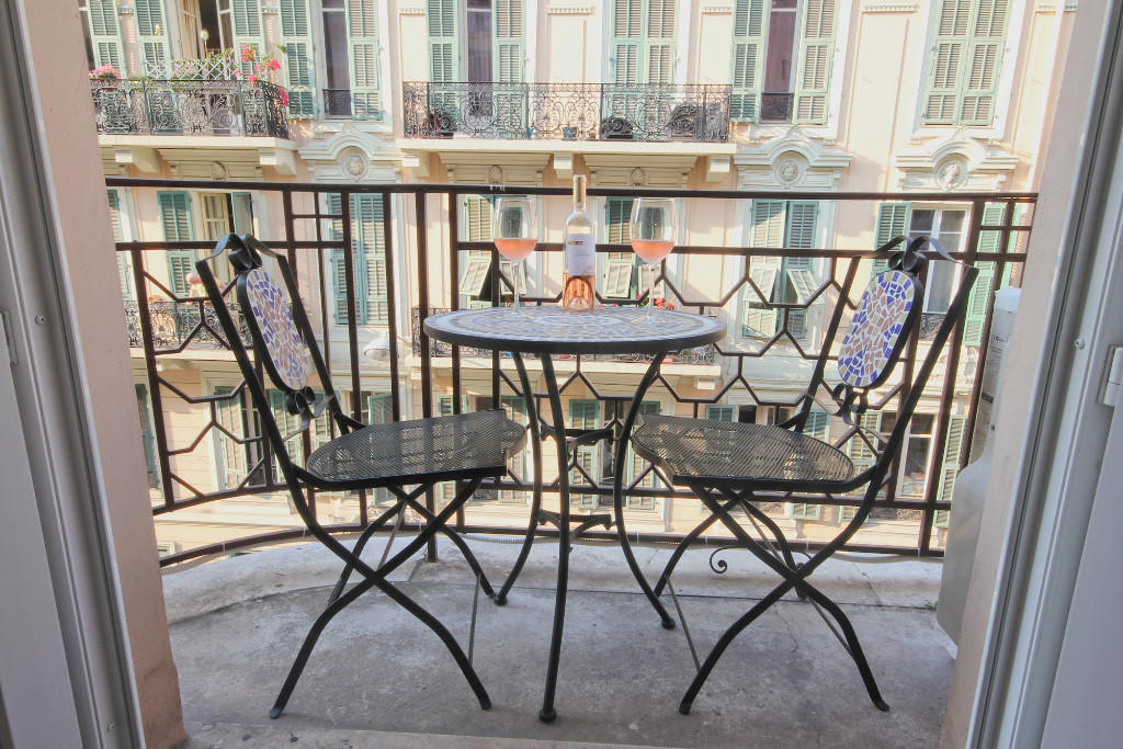 2 bedroom Apartment for sale in Nice, Alpes-Maritimes...