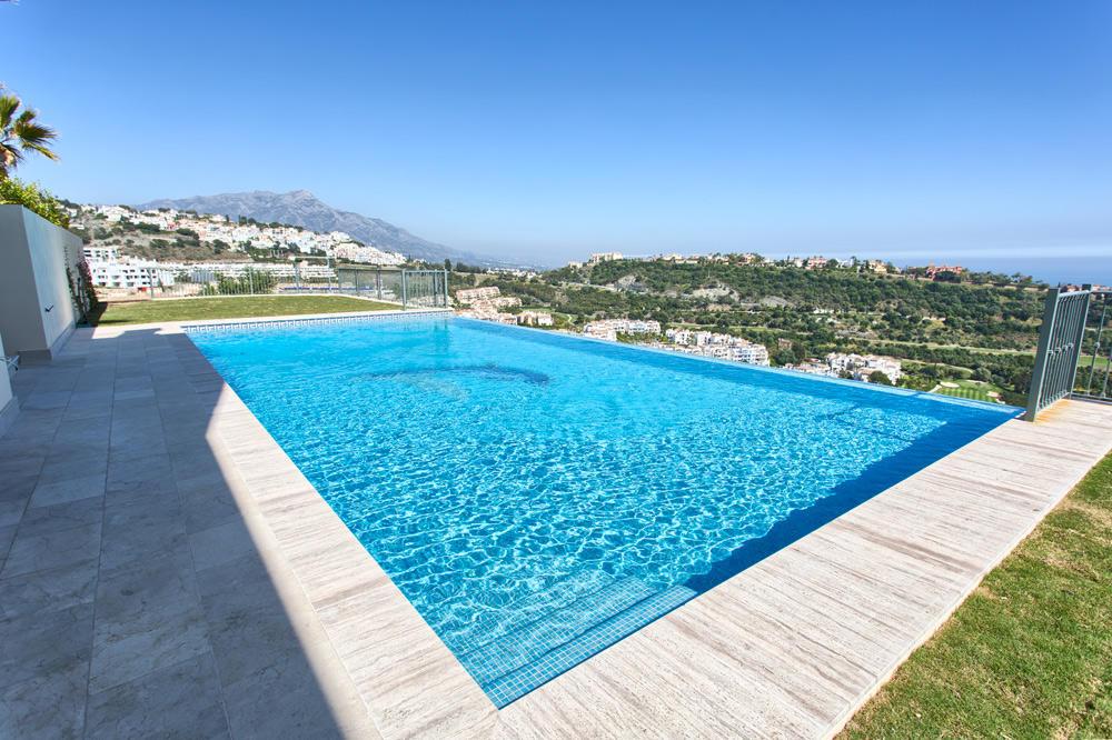Villa in Benahavís, Málaga...