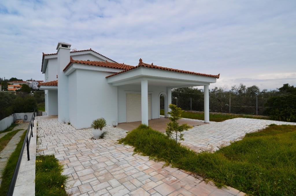 Detached property for sale in Chalkida, Evvoia