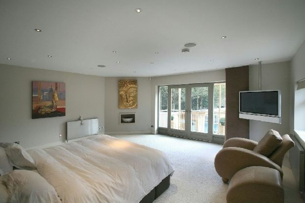 photos of master bedrooms 5 bedroom detached house for in far motley south 16643