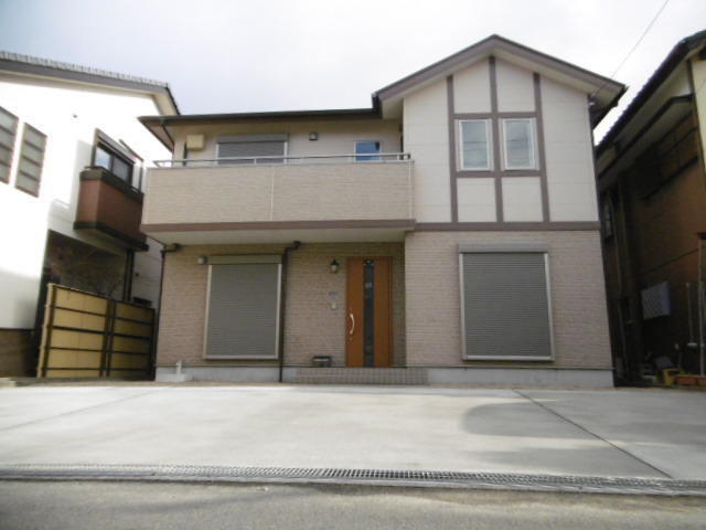 Mie house for sale