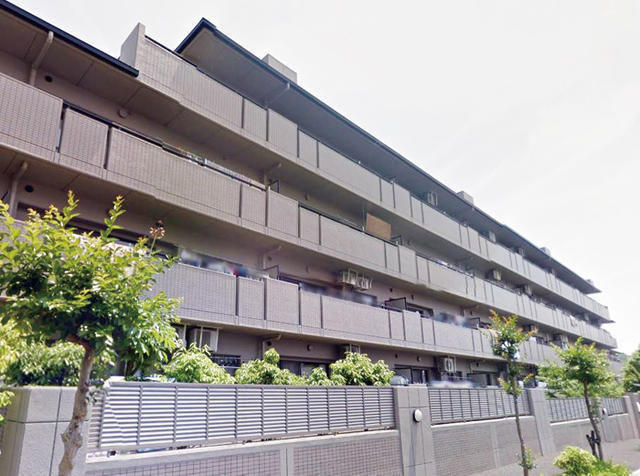 Flat for sale in Mie, Aoyama