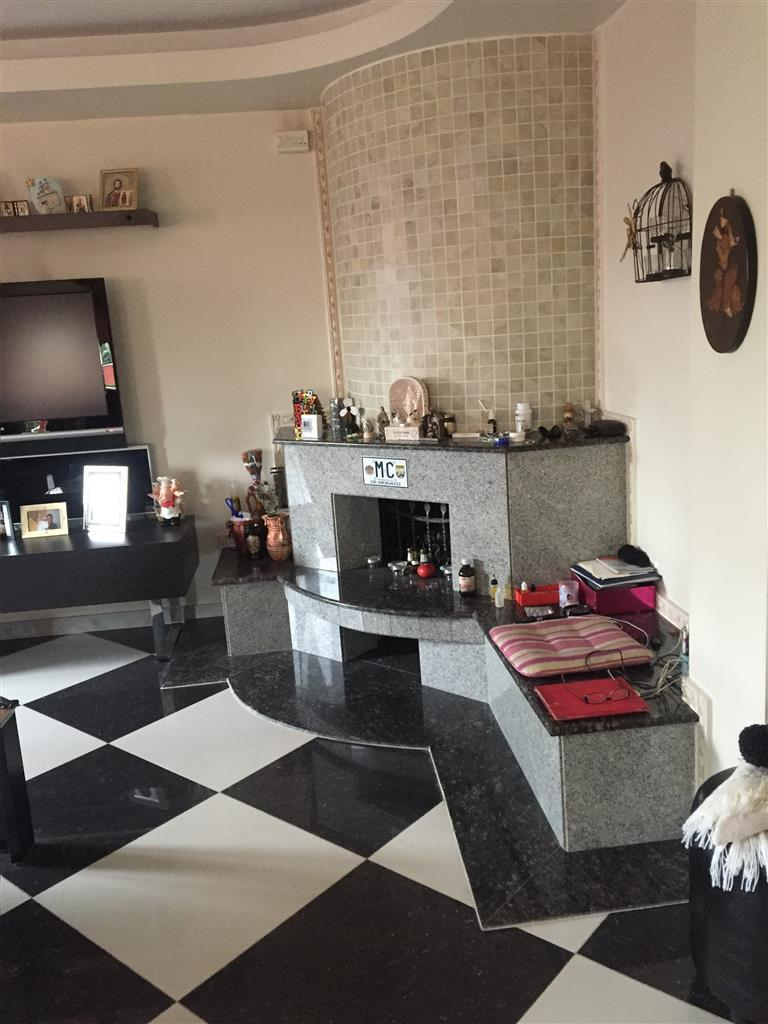 4 bed property for sale in Bucharest, Otopeni