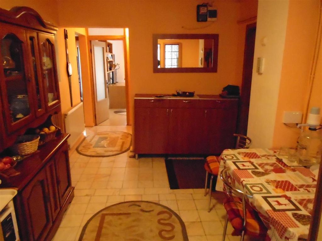 4 bed Flat in Caras-Severin, Resita