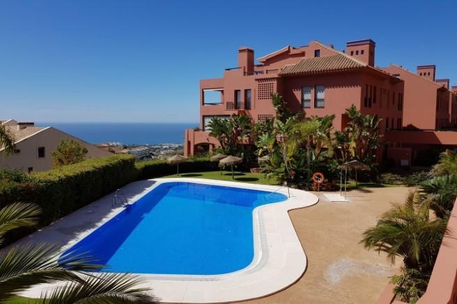 2 bedroom Penthouse in Mijas-Costa, Málaga...
