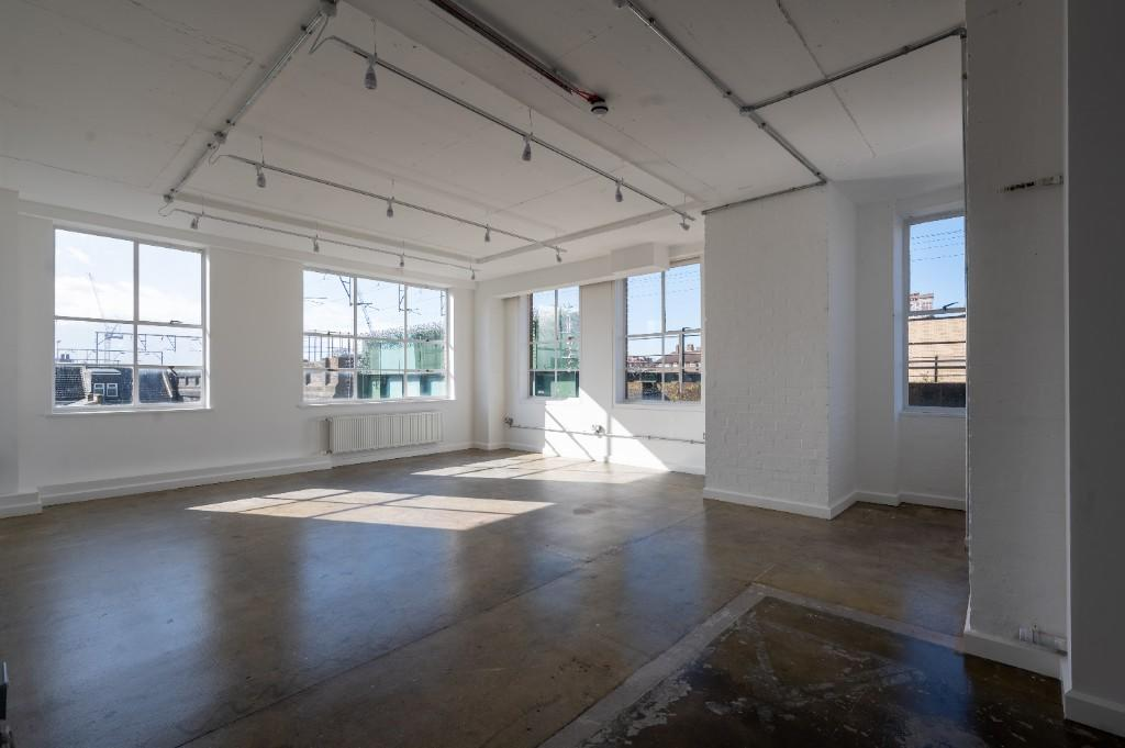 property to rent in Netil House, 1 Westgate Street, London, E8 3RL