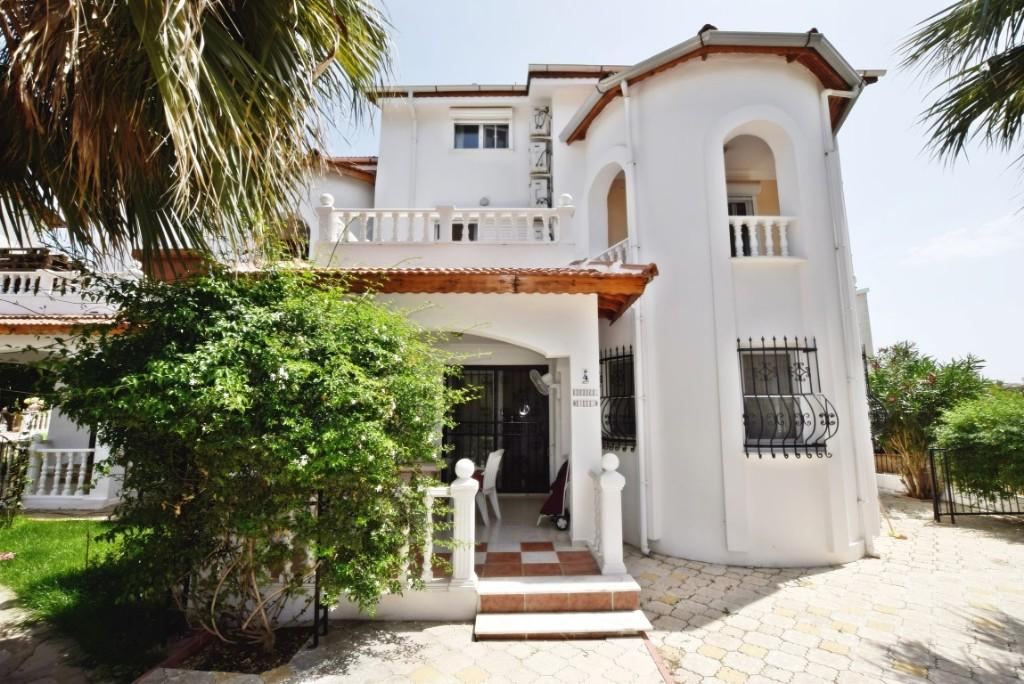 Semi-detached Villa for sale in Altinkum, Didim, Aydin