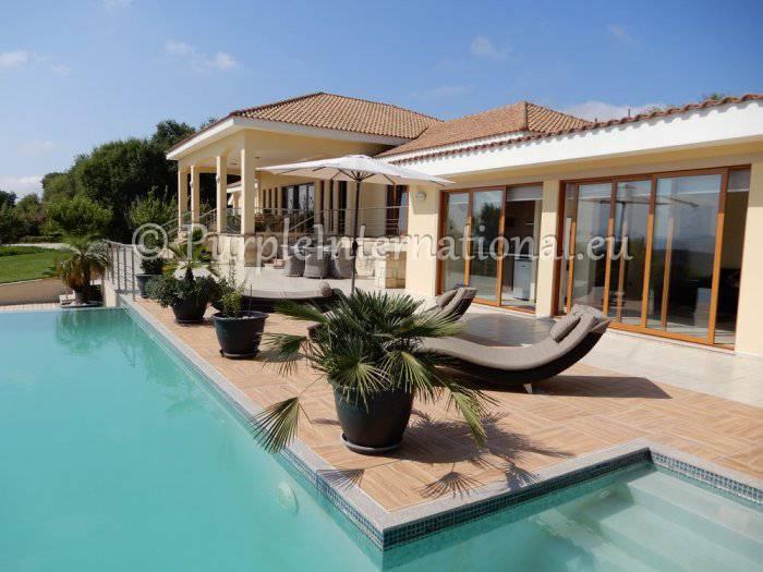 5 bedroom Villa for sale in Cyprus - Paphos, Kallepia