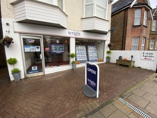 The Wright Estate Agency, East Cowesbranch details