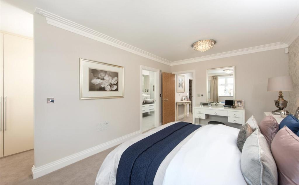 what is master bedroom 4 bedroom semi detached house for in lancaster 17799