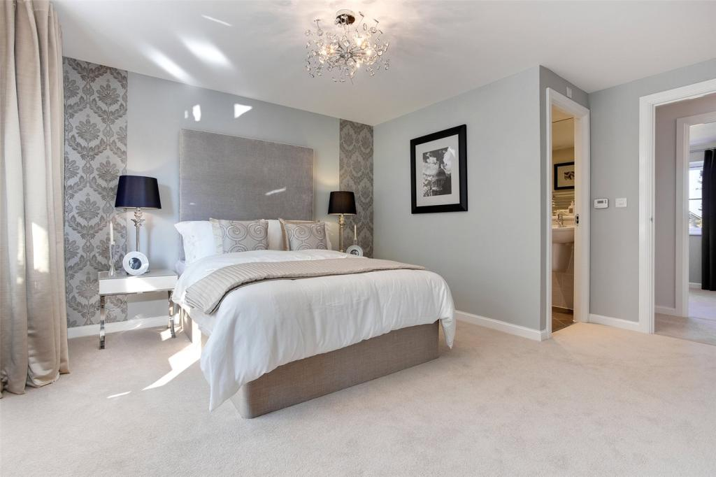 what is master bedroom 4 bedroom detached house for in college green 17799