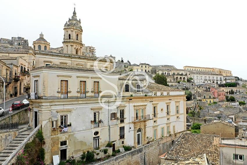 30 bedroom hotel for sale in Modica, Ragusa, Sicily, Italy