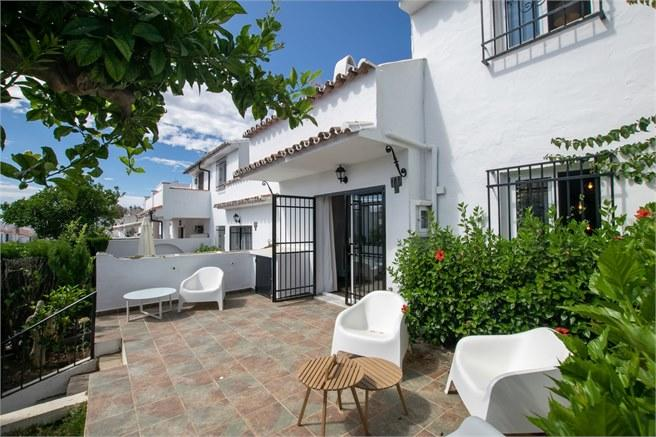 2 bed Town House in Andalucia, Malaga...