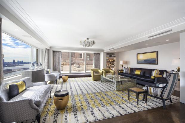 4 bedroom Apartment in 35 Sutton Place 19D...