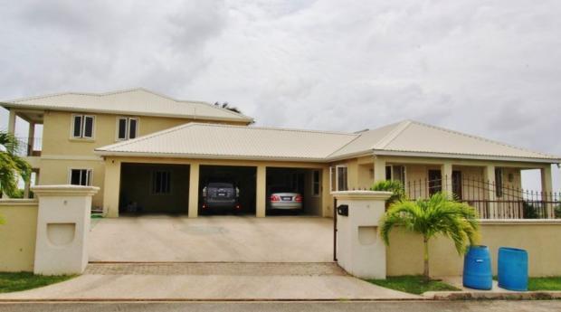 10 bed Villa for sale in Gun Hill, St George