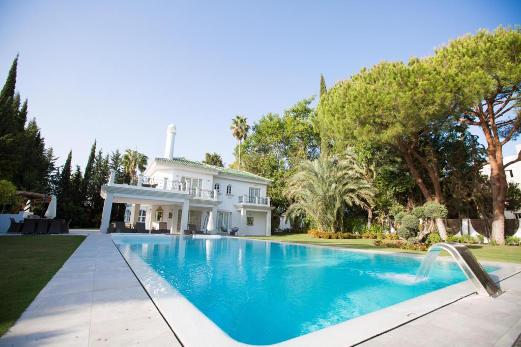 5 bedroom house in Andalucia, Malaga...