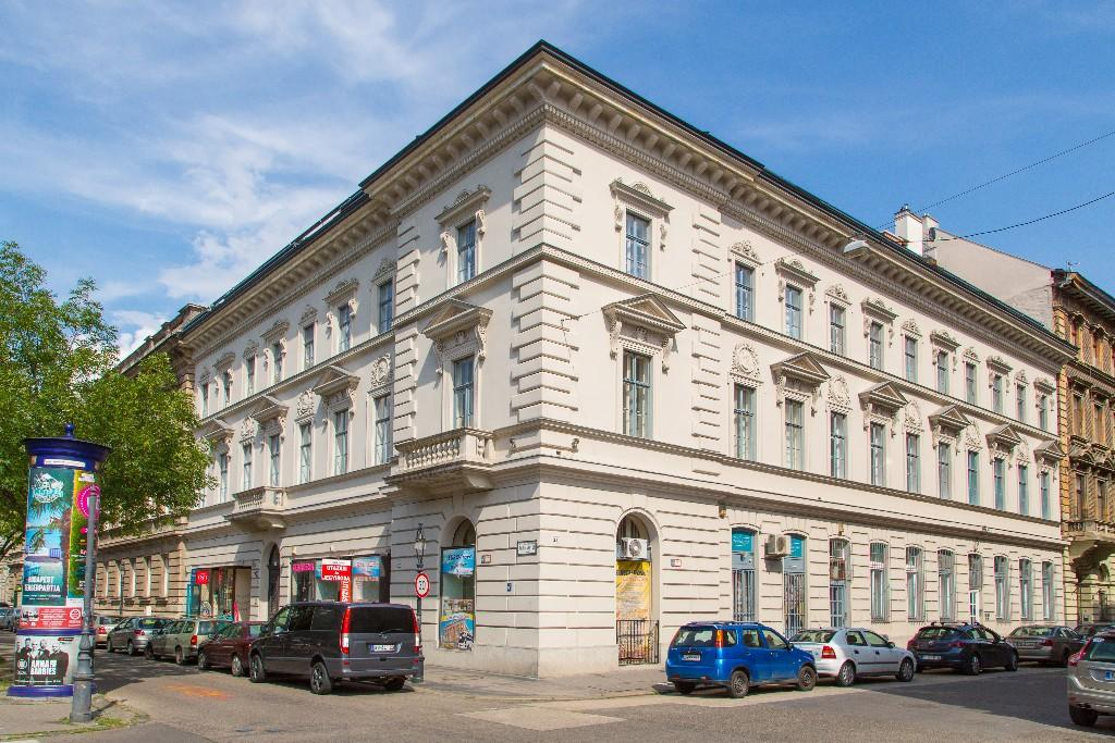2 bedroom Apartment for sale in District Vi, Budapest