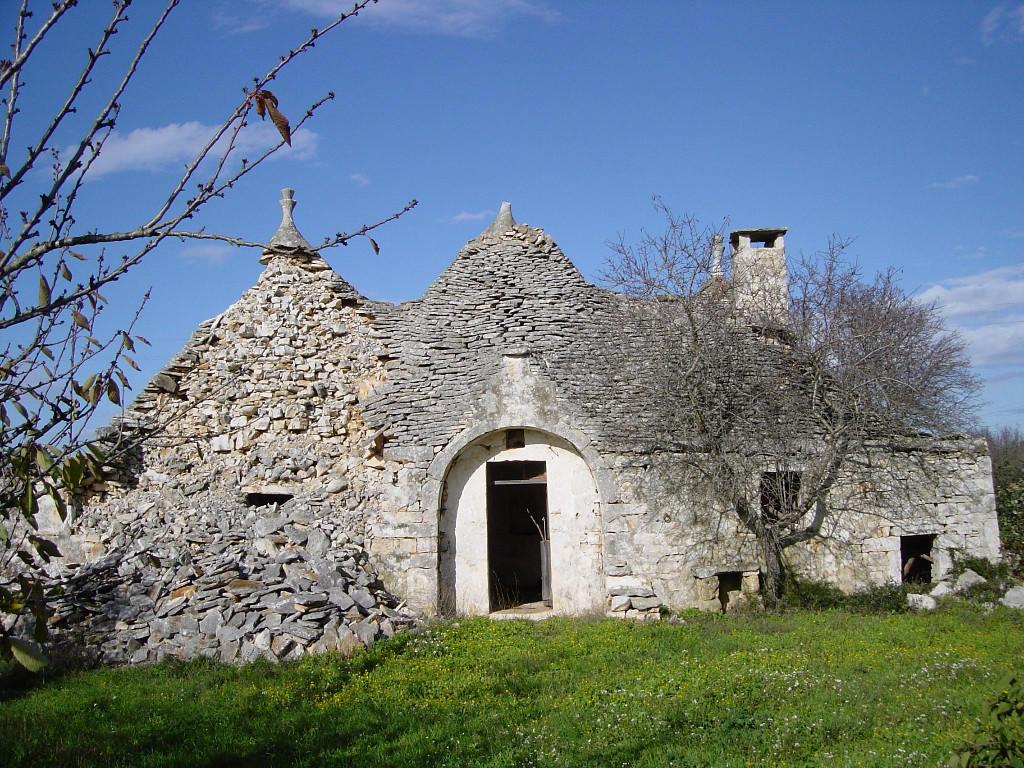 3 bedroom Detached home for sale in Noci, Bari, Apulia