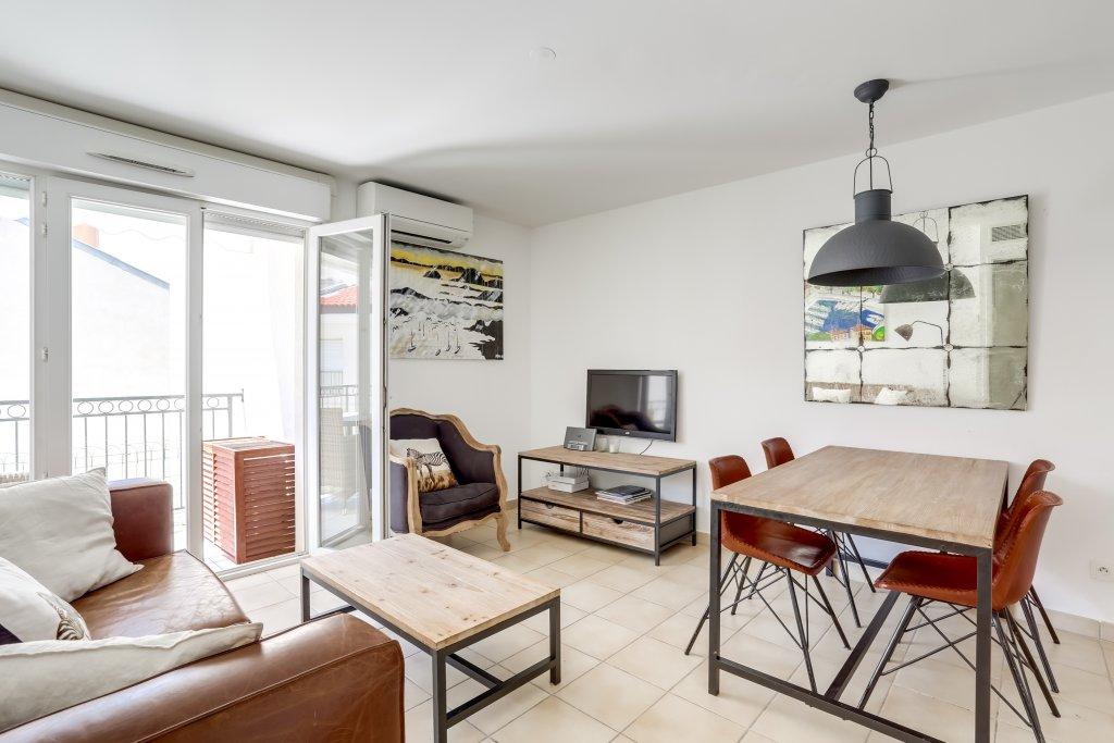 1 bedroom Flat for sale in Cannes, 06400, France