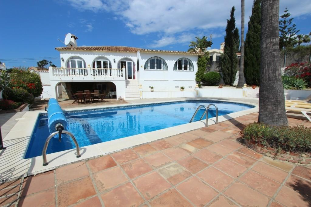 Villa in Estepona, Málaga...