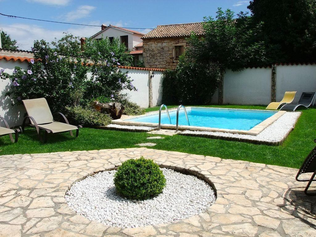 4 bedroom Terraced house for sale in Baderna, Istria