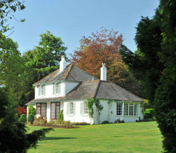 4 Bedroom House For Sale In Near Bovey Tracey, Devon, TQ13
