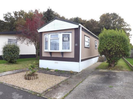 1 bedroom mobile home for sale in hamble park fleet end