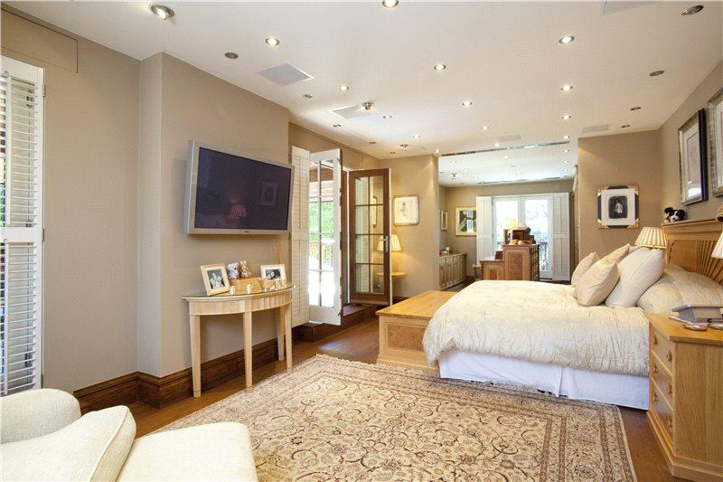 5 Bedroom Detached House For Sale In Foxcombe Road Boars