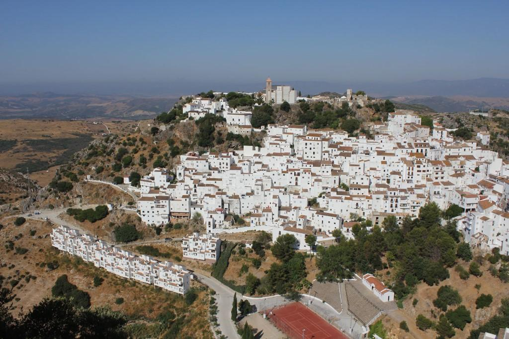 Casares End of Terrace property for sale