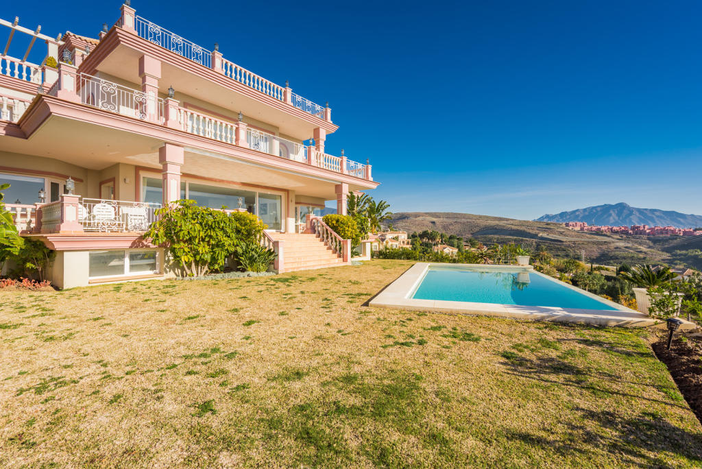 9 bedroom Villa in Andalucia, Malaga...