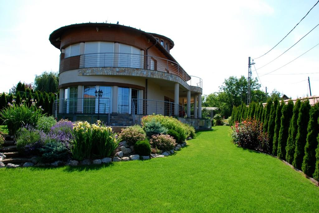 Detached Villa for sale in District Xxii, Budapest